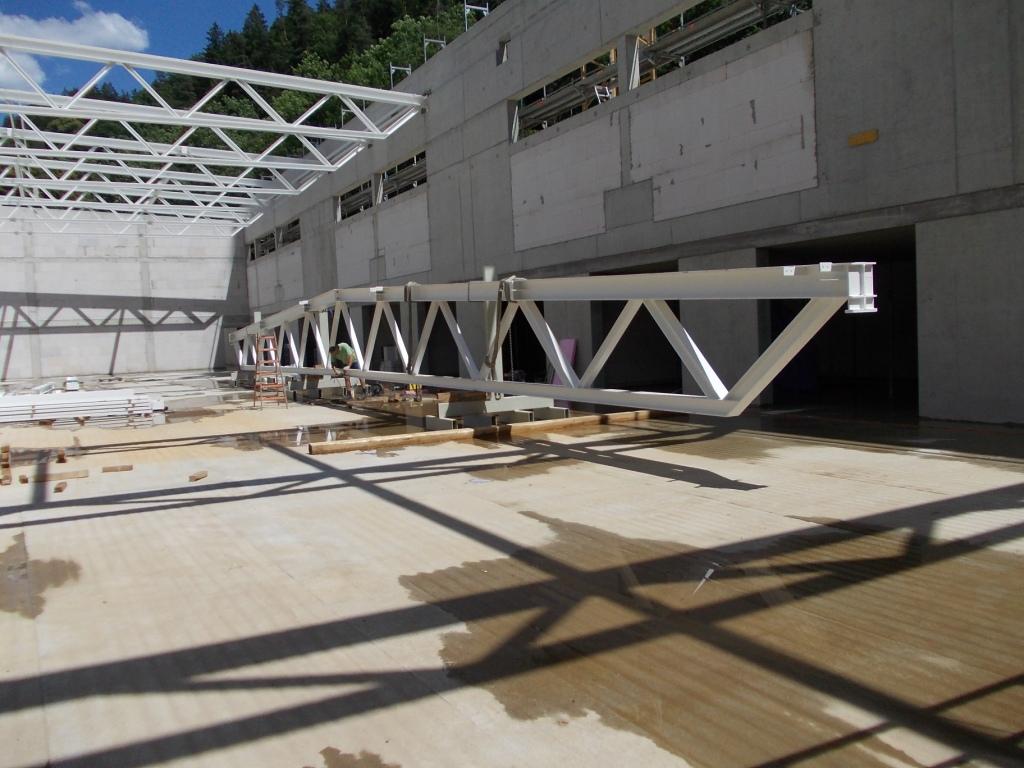 Neubau vier feld sporthalle stahlbau n gele for Fachwerktrager stahl