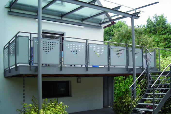 Balkonuberdachung Miedelsbach Stahlbau Nagele