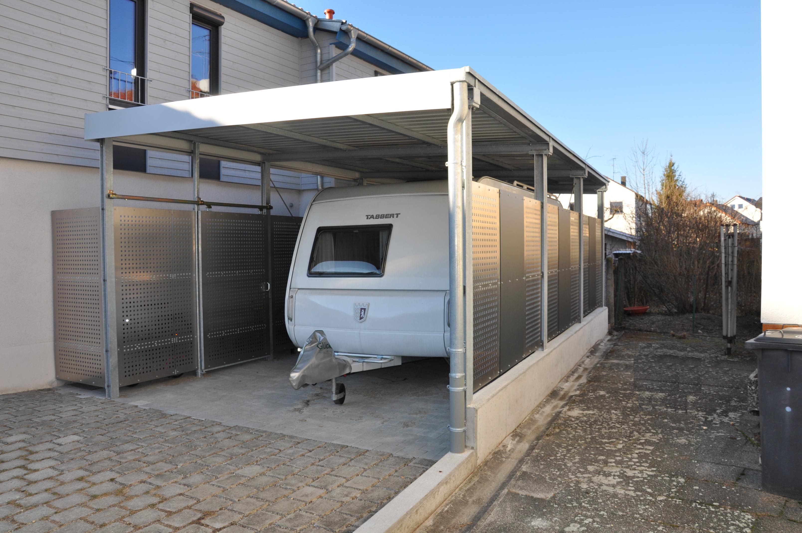 carport mit abstellraum lochblechverkleidung stahlbau n gele. Black Bedroom Furniture Sets. Home Design Ideas