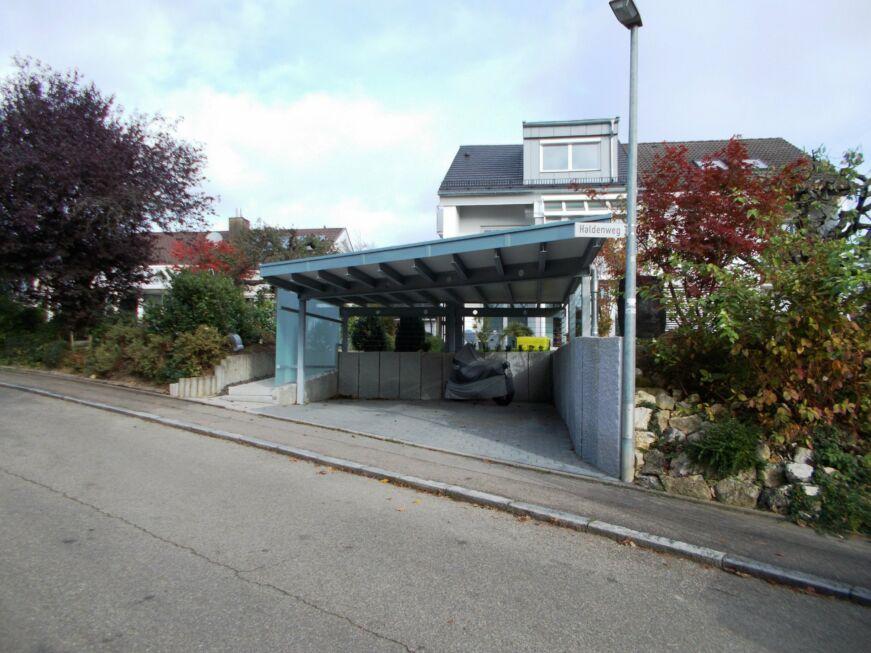 carport mit dachbegr nung wandverkleidung aus glas stahlbau n gele. Black Bedroom Furniture Sets. Home Design Ideas