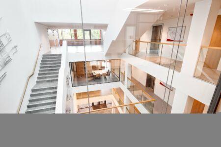 Schlosserarbeiten- Metallbauarbeiten-Treppen-Geländer-Handlauf-Schlosser- und Metallbauarbeiten-Stahlbau