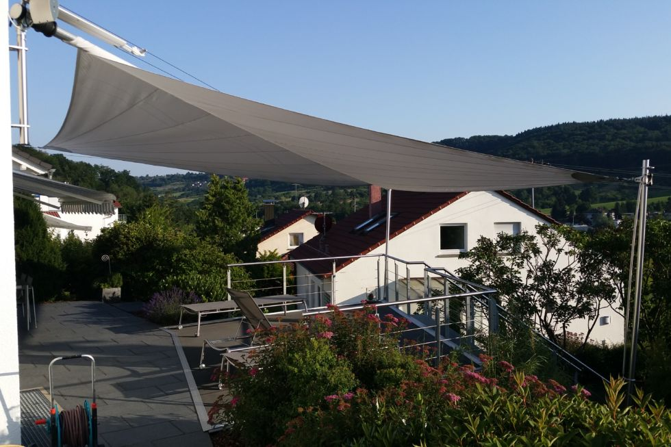 Schlosserarbeiten-Metallbauarbeiten-Balkon-terrasse-Geländer-Stahlbau-Schlosser- und Metallbauarbeiten
