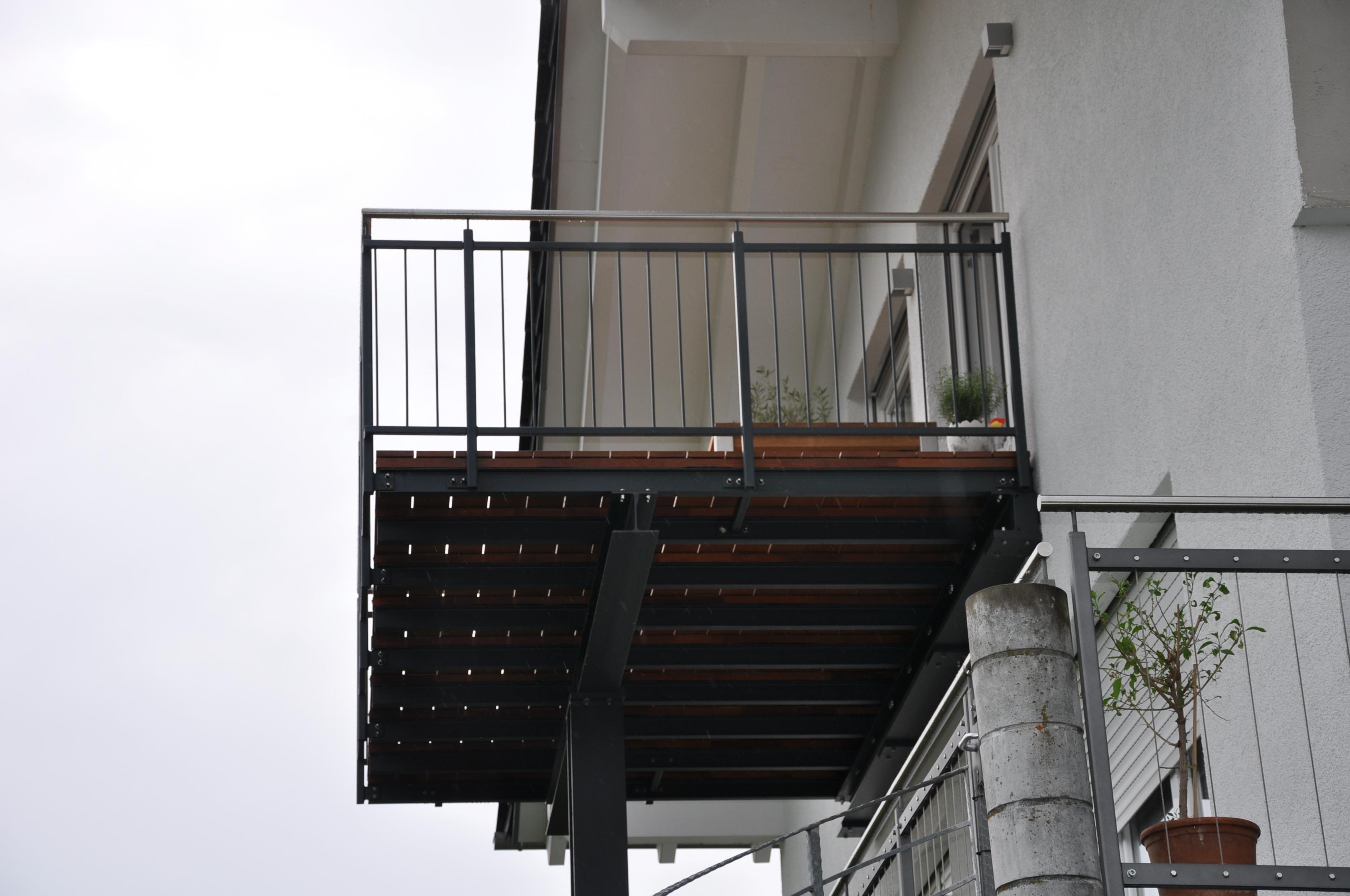 balkonanbau pl derhausen stahlbau n gele. Black Bedroom Furniture Sets. Home Design Ideas