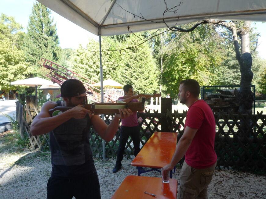Stahlbau Nägele Azubi-Ausflug-Armbrust schießen-Lochmühle Eigeltingen