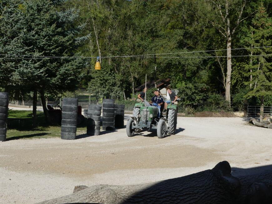 Stahlbau Nägele Azubi-Ausflug-Tracktor-Lochmühle Eigeltingen
