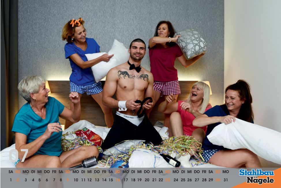 Stahlbau Nägele Kalender 2017-Girls just wanna have fun