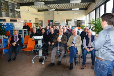 Besuch Göppinger Technikforum und VHS Eislingen bei Stahlbau Nägele-Präsentation