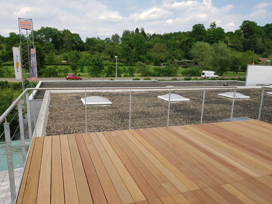 Schlosserarbeiten-Metallbauarbieten-Terrasse-Terrassenanbau-Stahlbau Nägele Eislingen-Stahlbau-Schlosser- und Metallbauarbeiten