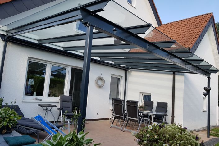terrassen berdachung holzheim stahlbau n gele. Black Bedroom Furniture Sets. Home Design Ideas