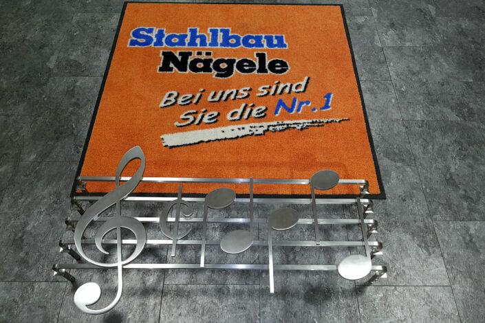 Schlosserarbeiten-Metallbauarbieten-Fenstergitter-Noten-Stahlbau-Schlosser- und Metallbauarbeiten