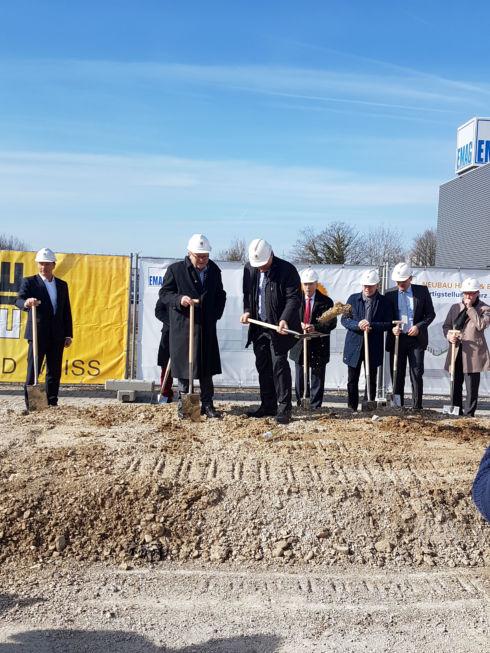 I-Bau-Spatenstich-Salach-Neubau Montagehalle mit Bürogebäude-Stahlbau-Komplettbau-Industriebau