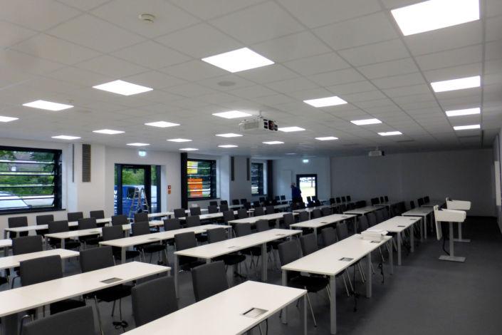 SF-Bau-Abnahme und Urkundenübergabe-Göppingen-Erweiterung Trainingcenter-Stahlbau-Schlüsselfertigbau