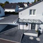 Schlosserarbeiten-Metallbauarbeiten-Eingangsüberdachung-Glaseindeckung-Bezgenriet-Stahlbau-Schlosser- und Metallbauarbeiten