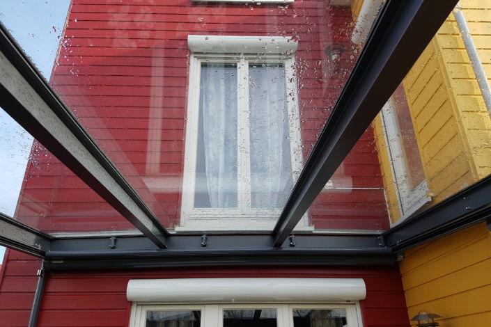 Schlosserarbeiten-Metallbauarbeiten-Überdachung-Terrassenüberdachung-Ottenbach-Schlosser- und Metallbauarbeiten