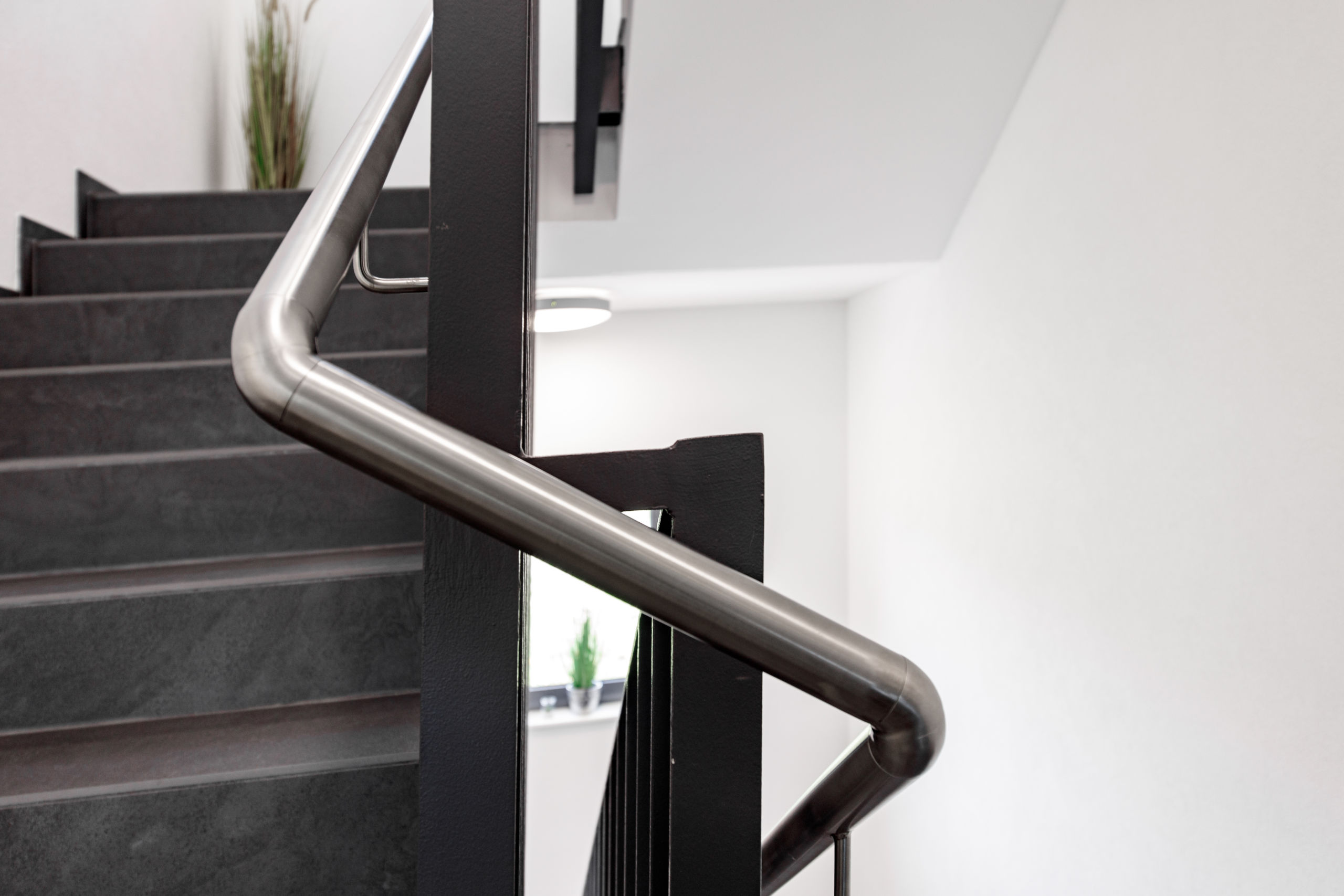 Schlosserarbeiten-Metallbauarbeiten-Treppen-Geländer-Carport-Schlosser- und Metallbauarbeiten